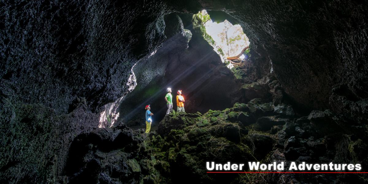 富士山の洞窟探険